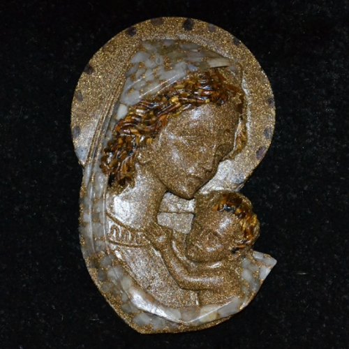 Orgonitová dekorácia - Madona s dieťatkom