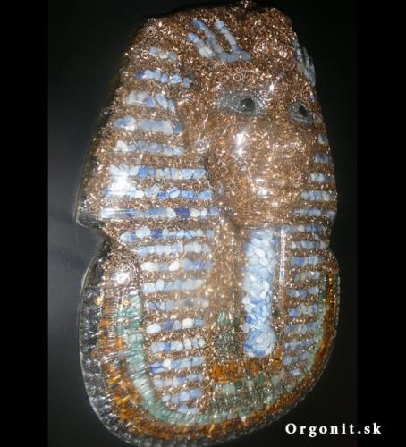 Orgonitová busta faraóna Tutanchamóna